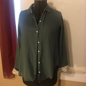 Isabella Sinclair Green Atlay Lace Buttondown